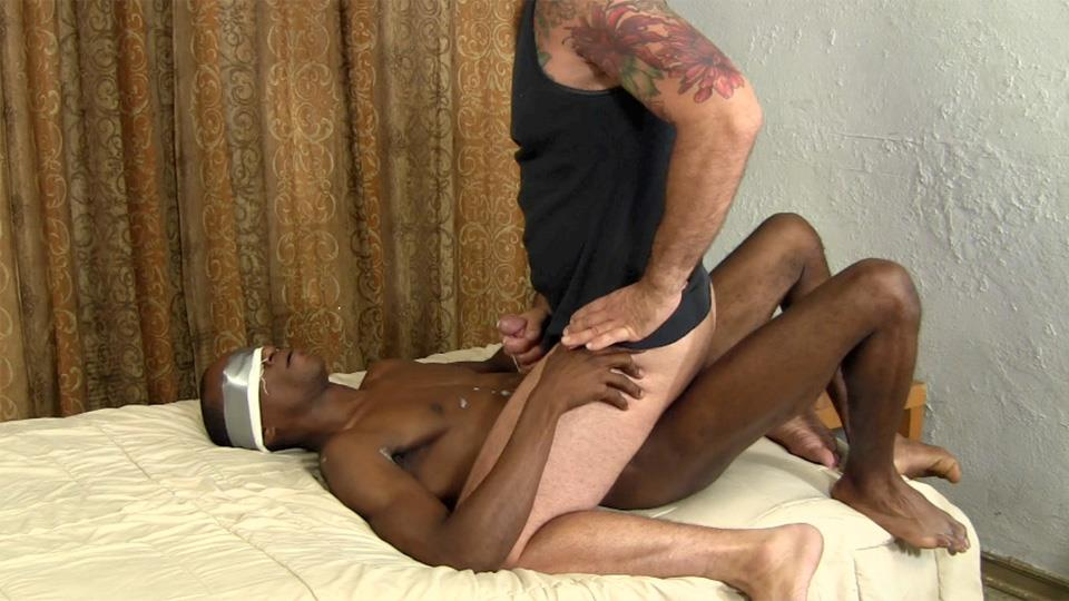 Straight Fraternity Lex and Franco Straight Blackguy Barebacks Older White Guy Amateur Gay Porn 25 White Guy Rides An Amateur Straight Guys Big Black Cock Bareback