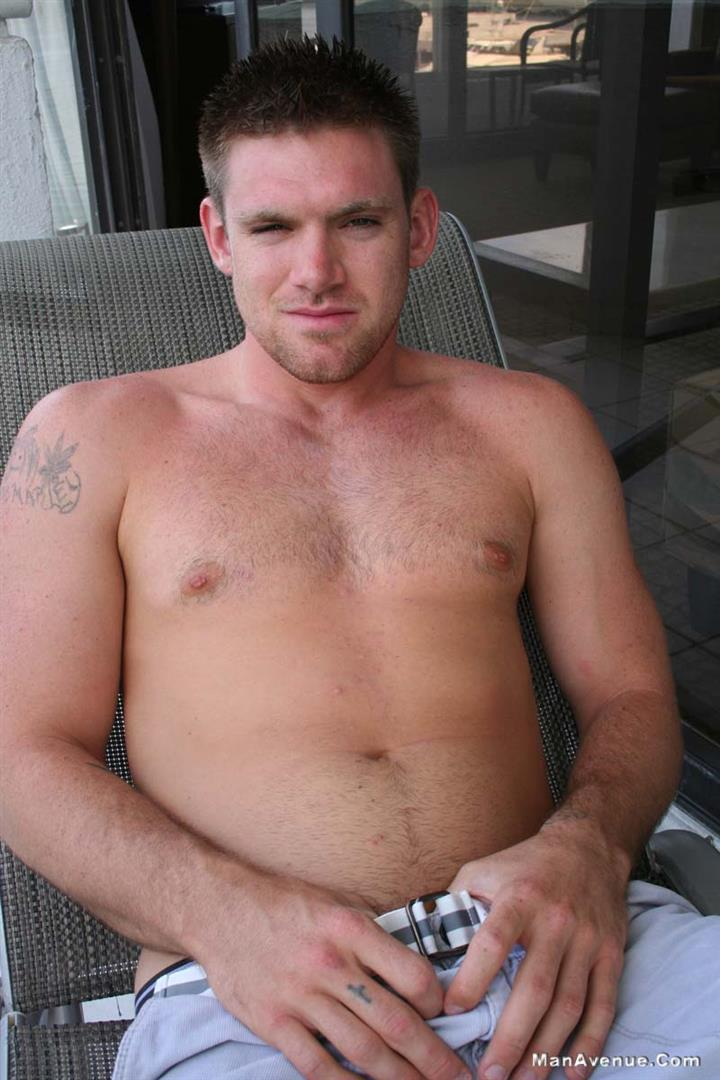 Man-Avenue-Jeremy-Ace-Muscle-Hunk-With-Big-Cock-Jerking-Off-On-Hairy-Chest-Amateur-Gay-Porn-03 Amateur Straight Hairy Muscle Hunk Jerks His Big Cock Outside