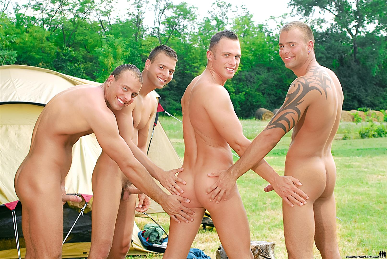 Visconti-Triplets-Jason-Visconti-Jimmy-Visconti-Joey-Visconti-Giuseppe-Pardi-Fucking-During-A-Camping-Trip-Amateur-Gay-Porn-04 Visconti Triplets Tag Team Some Muscle Ass While Camping