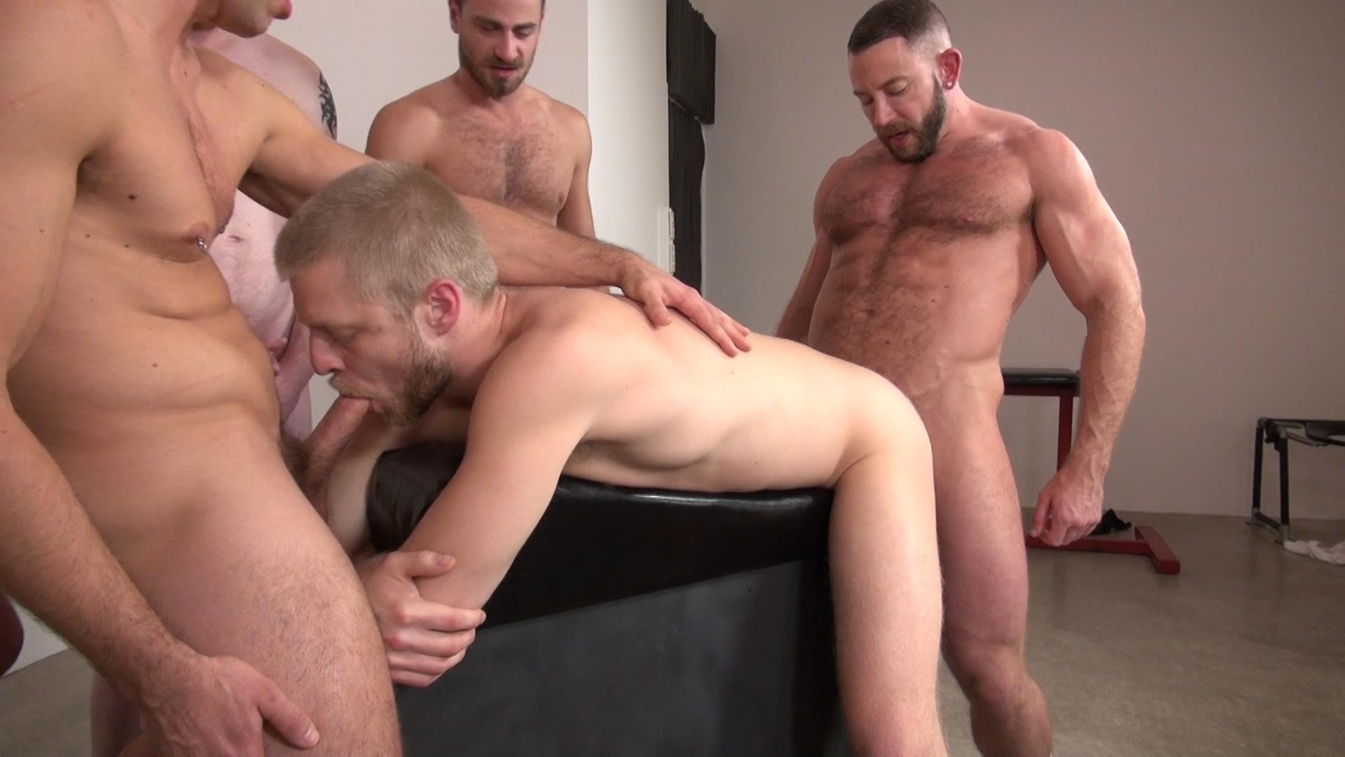 Ruthless Gay Stud Ass Pounding Bottomless Pool