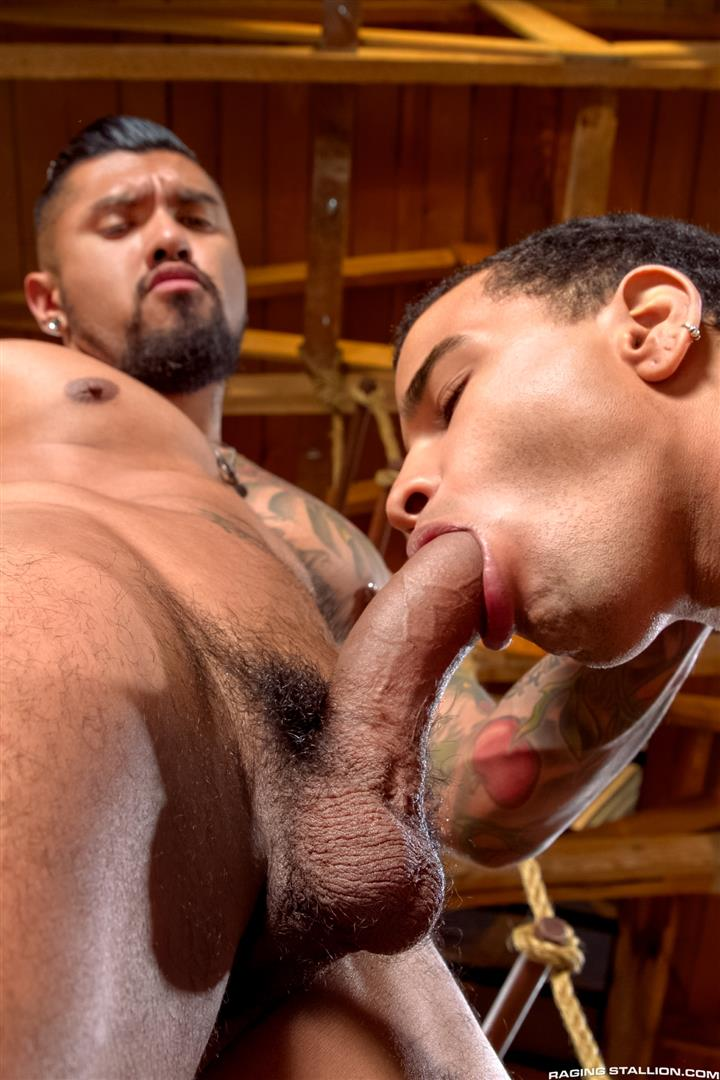 Raging-Stallion-Boomer-Banks-and-Trelino-Huge-Uncut-Cock-Fucking-A-Black-Ass-Amateur-Gay-Porn-01 Young Black Guy Takes Boomer Banks Huge Uncut Cock Up The Butt