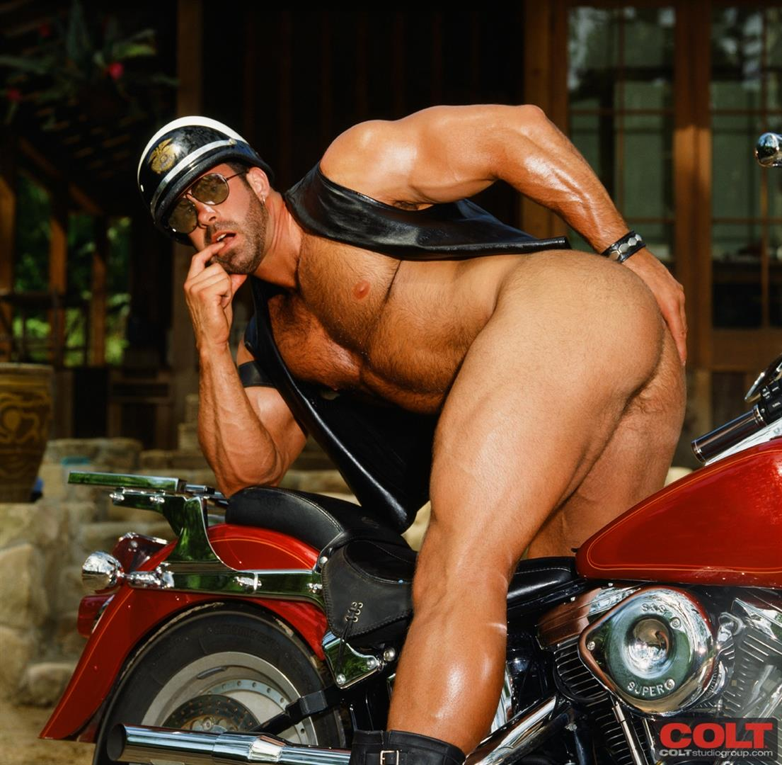 Colt Studio Group Pete Kuzak Hairy Muscle Hunk With Hairy Cock Amateur Gay Porn 05 Hairy Muscle Hunk Colt Icon Pete Kuzak Showing It All