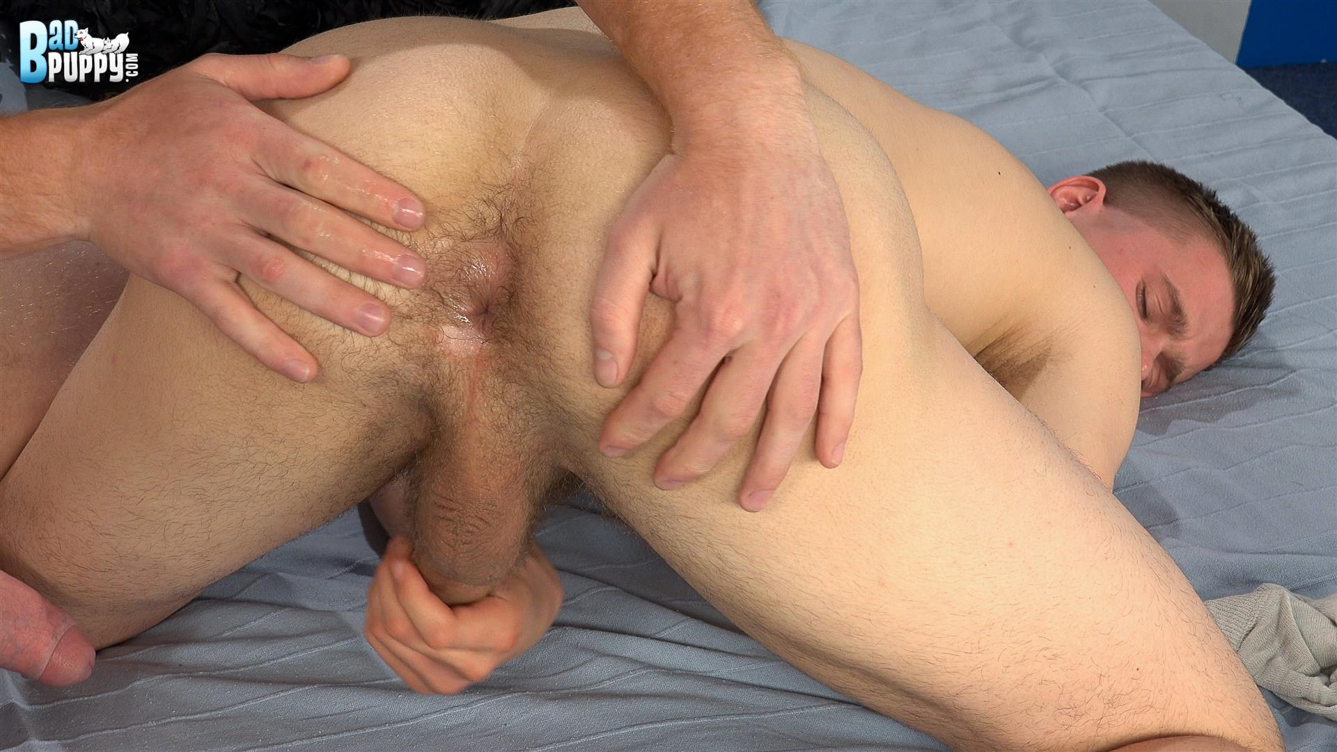 A big cocked straight guy plays with vibrator and cums