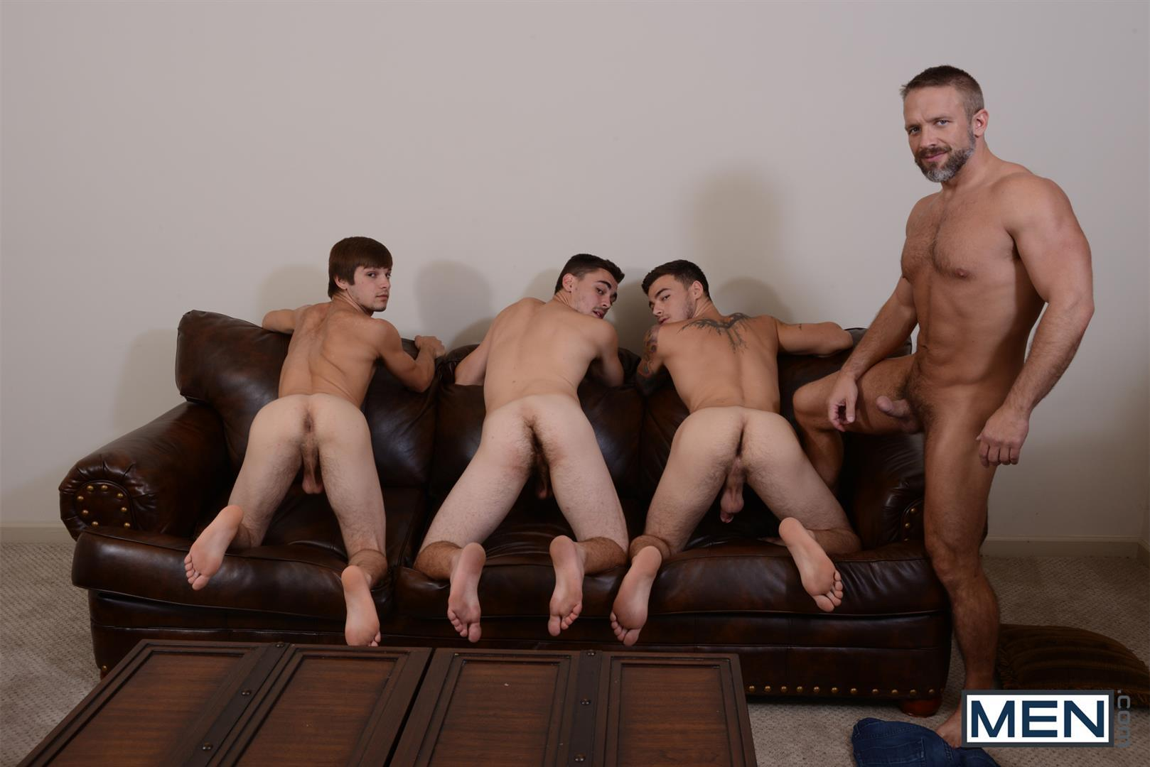 Hot muscle gets ass fucked in threesome 4