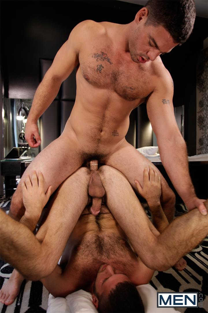 Men-Derek-Atlas-and-Jimmy-Fanz-Hairy-Muscle-Hunks-Big-Cocks-Fucking-Amateur-Gay-Porn-15 Hairy Muscle Hunk Derek Atlas Bottoms For Big Cock Jimmy Fanz