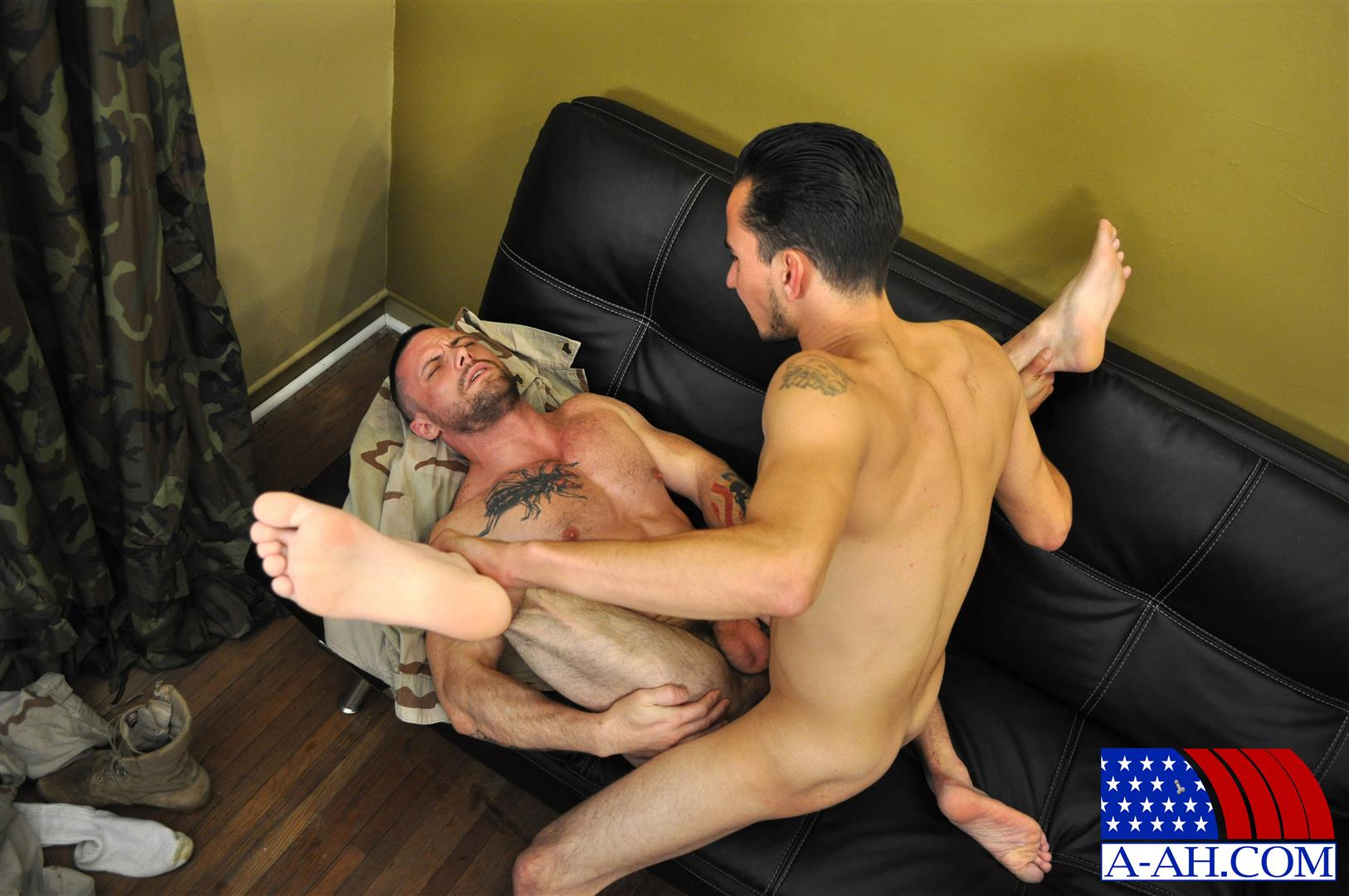 All-American-Heroes-CIVILIAN-MARTEN-FUCKS-SERGEANT-MILES-Army-Guy-Fucking-Amateur-Gay-Porn-11 US Army Sergeant Gets Fucked In The Ass By His Civilian Buddy