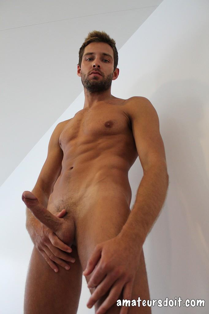 Amateurs-Do-It-Rick-Chester-Naked-Australian-Guy-With-Big-Uncut-Cock-Amateur-Gay-Porn-30 Australian Rick Chester Getting Naked And Jerking His Big Uncut Cock
