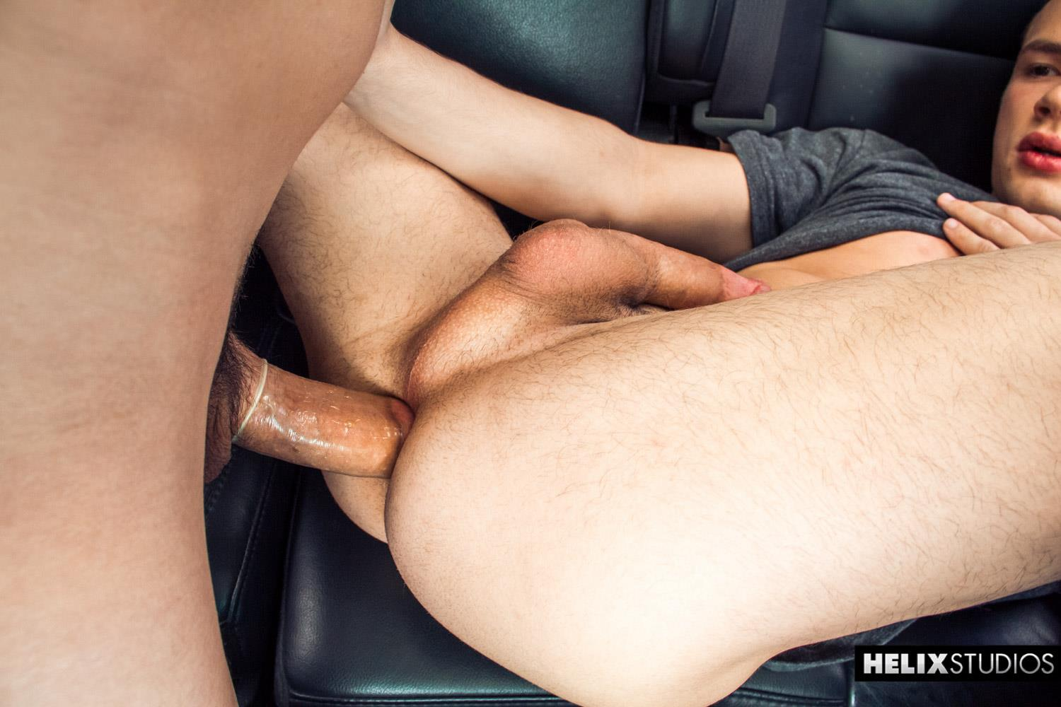 Helix-Studios-Troy-Ryan-and-Logan-Cross-Big-Cock-Twinks-Fucking-In-A-Car-Amateur-Gay-Porn-21 Troy Ryan Fucking Another Twink In The Backseat Of His Car