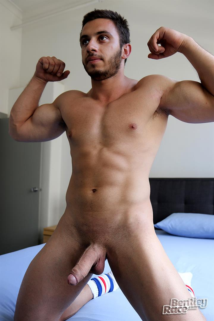 Bentley-Race-James-Nowak-Beefy-Straight-Muscle-Hunk-Jerks-His-Big-Uncut-Cock-Amateur-Gay-Porn-17 Straight Australian Beefy Muscular Guy Strokes His Thick Uncut Cock