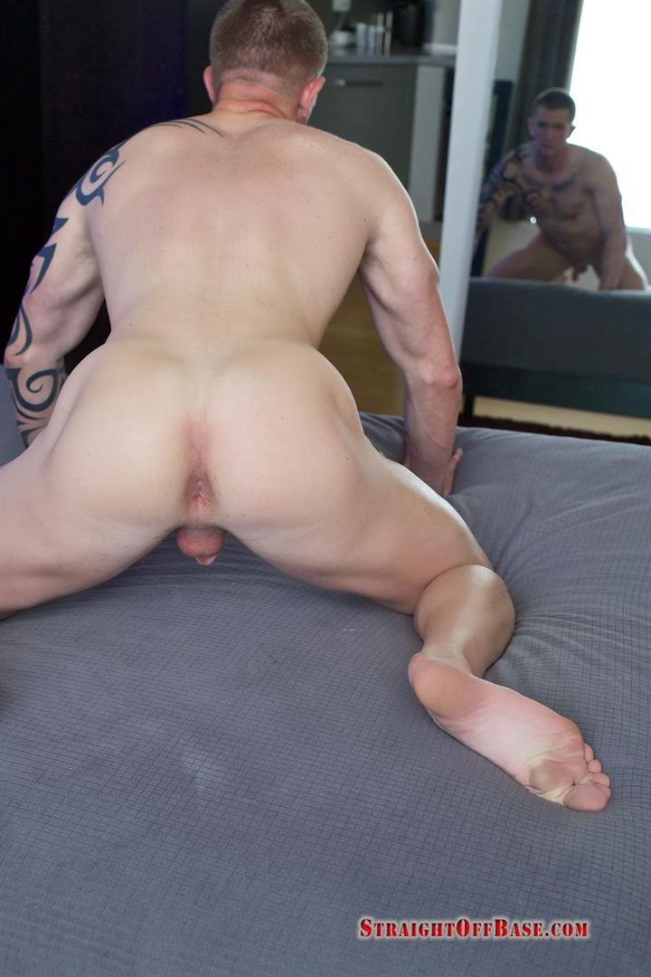 Straight-Off-Base-Shane-Naked-Marine-Jerk-Off-Amateur-Gay-Porn-16 Muscled Marine Corporal Jerks His Smooth Shaved Cock