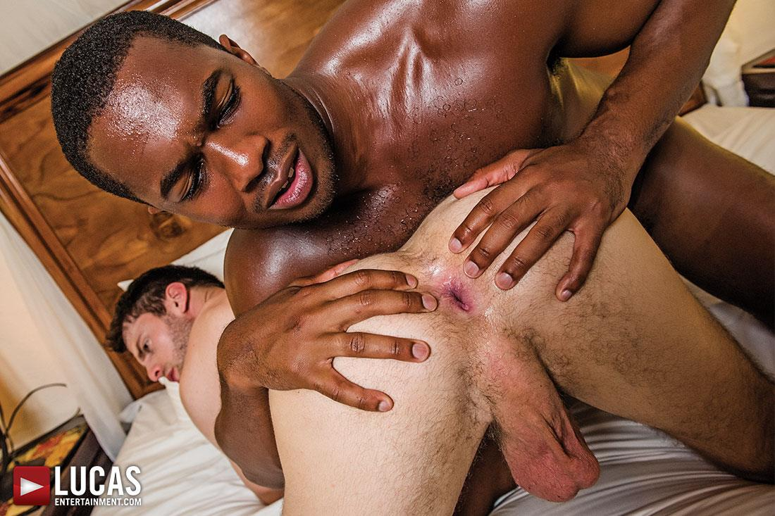 Lucas-Entertainment-Sean-Xavier-and-Mark-Edwin-Interracial-Bareback-Big-Black-Dick-Amateur-Gay-Porn-09 Getting Fucked Bareback By Sean Xavier's Big Black Cock